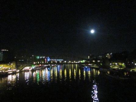 725 - Paris