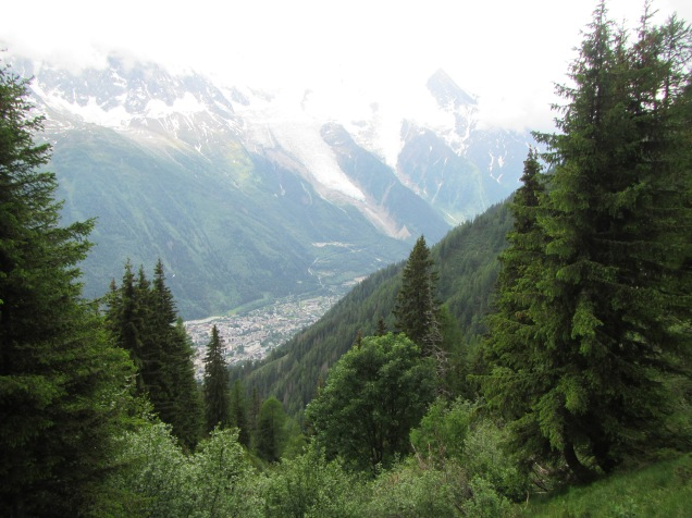 884 - hiking North of chamonix town site