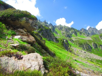 897 - hiking North of chamonix town site