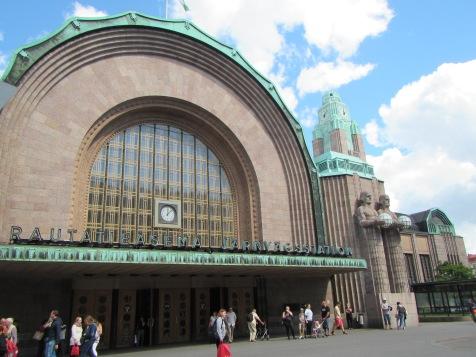 2262 - Walking around Helsinki