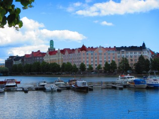 2361 - Walking around Helsinki