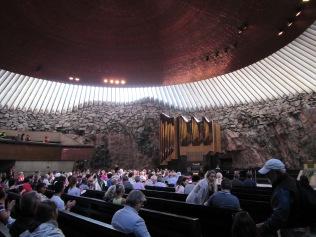 2368 - Walking around Heisinki (rock church)