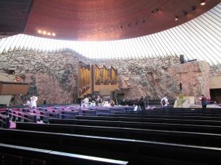 2370 - Walking around Heisinki (rock church)