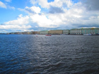 2517 - walking around Saint Petersburg