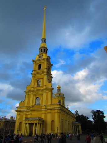 2540 - walking around Saint Petersburg