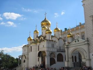 2831 - walking around Moscow(the Kremiln).