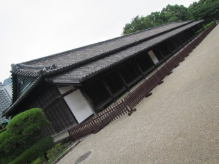 4378 - walking around Toyko(imperial palace)