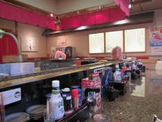 4461 - conveyor belt sushi