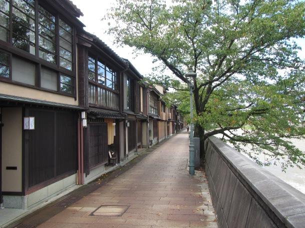 5139 - walking around Kanazawa(the old town)