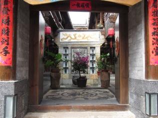 6243 - walking around lijiang downtown