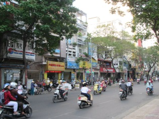 6528 - walking around Ho Chi Minh City