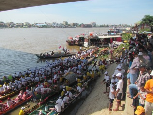 6726 - the Phnom Penh Water Festival(day 2)