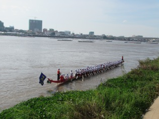 6737 - the Phnom Penh Water Festival(day 2)
