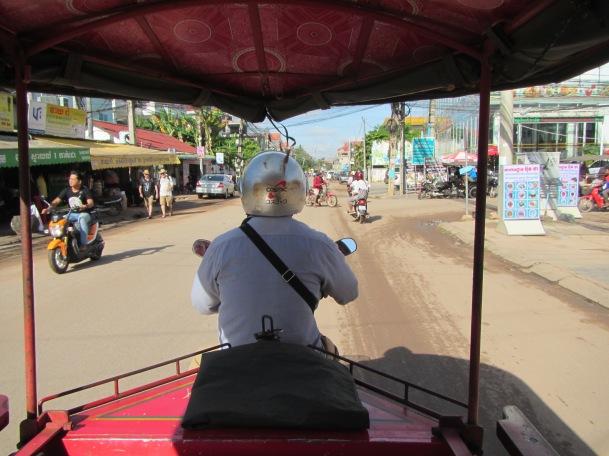 6920 - Exploring Siem Reap and Wats lots of wats day 1
