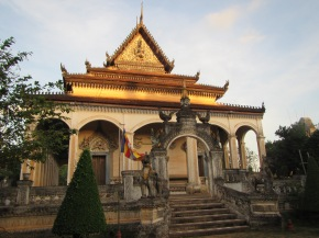 6931 - Exploring Siem Reap and Wats lots of wats day 1
