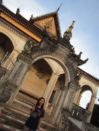 6935 - Exploring Siem Reap and Wats lots of wats day 1