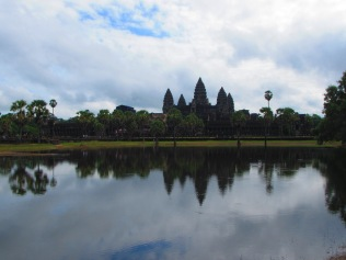 6947 - Exploring Siem Reap and Wats lots of wats day 2(Angkor Wat and Baphuon)