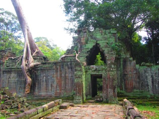 7098 - Exploring Siem Reap and Wats lots of wats day 3(Baphuon and more Wats)