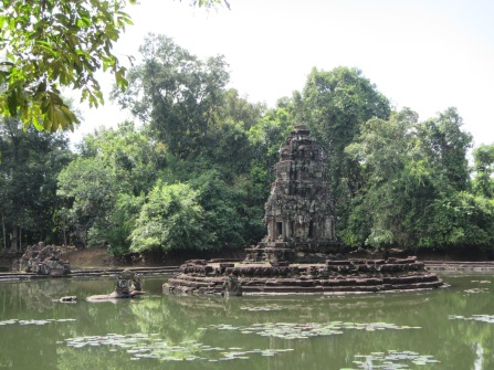 7119 - Exploring Siem Reap and Wats lots of wats day 3(Baphuon and more Wats)
