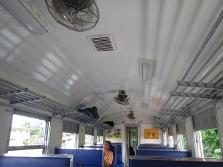 7240 - bus:tuk tuk:train ride from Siem Reap to Bangkok (what a trip)