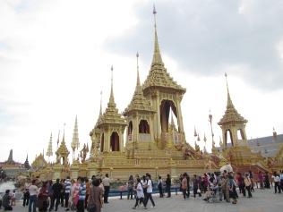7318 - walking around Bangkok (Day 2 - the Imperial Palaces and Royal Crematorium)