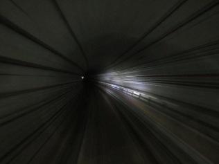 8120 - walking around Singapore (day 3)(subway)