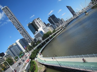 8514 - walking around Brisbane