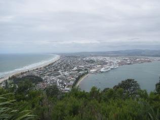 9359 - Walk around Tauranga well at this port of call