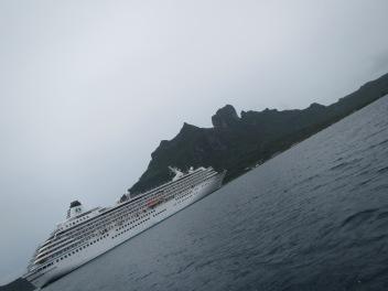 10782 - Bora Bora - underwater walk in the ocean
