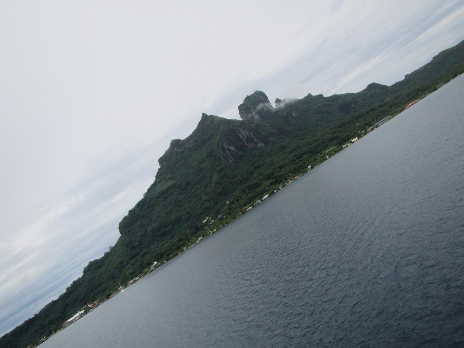 10849 - Bora Bora - underwater walk in the ocean
