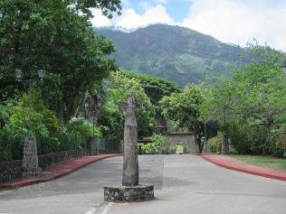 11303 - Nuku Hiva - walking around town