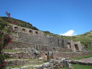 12159 - walking around four historical site near Cusco