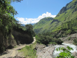 12274 - the first day of our walk from Santa Teresa to Aguas Calientes
