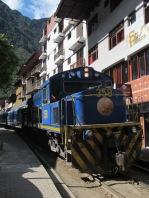 12444 - walking around Aguas Calientes(train in town)