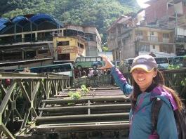 12447 - walking around Aguas Calientes(little bus)