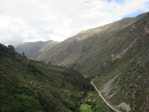 12496 - bus to and walk from ollantaytanbo to Pumamarca