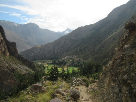 12501 - bus to and walk from ollantaytanbo to Pumamarca
