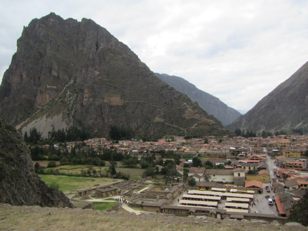 12576 - walk around ollantaytanbo