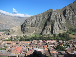 12609 - walk around ollantaytanbo second day of hiking in town