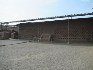 12686 - walking around the Ruinas de Chan-Chan
