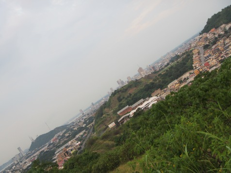 12824 - Tour bus of Guayaquil