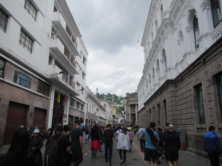 12919 - walking tour of Quito