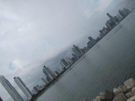 13622 - exploring around panama city