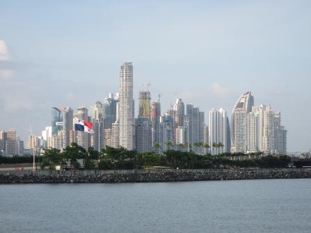 13630 - exploring around panama city