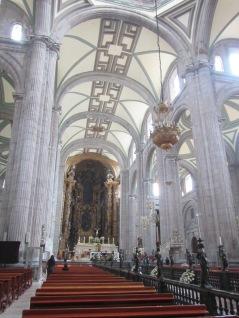 14008 -walking around downtown mexico city